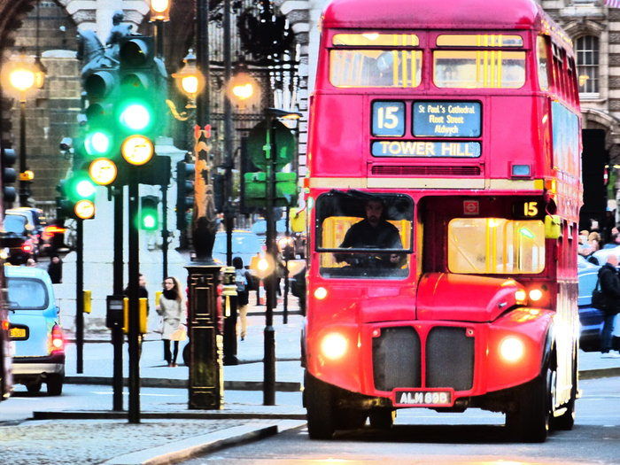 routemaster visiter londres dans un bus rouge imp riale. Black Bedroom Furniture Sets. Home Design Ideas