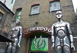camden-town-cyberdog-londres