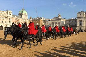 releve-de-la-garde-horse-guards-parade