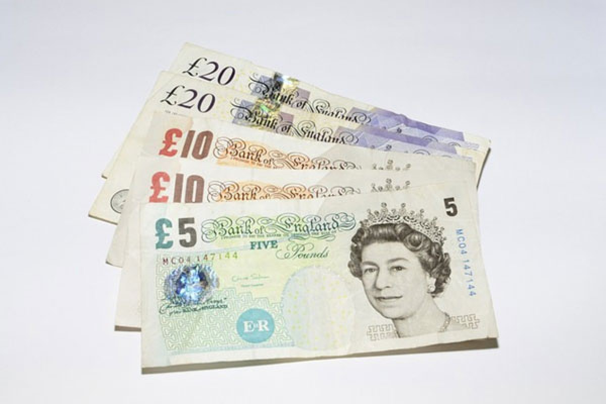Changer Ses Euros Retirer Livres Sterling Comment Faire