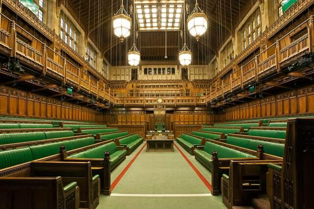 Assister aux d bats parlementaires au palais de westminster for Chambre de communes