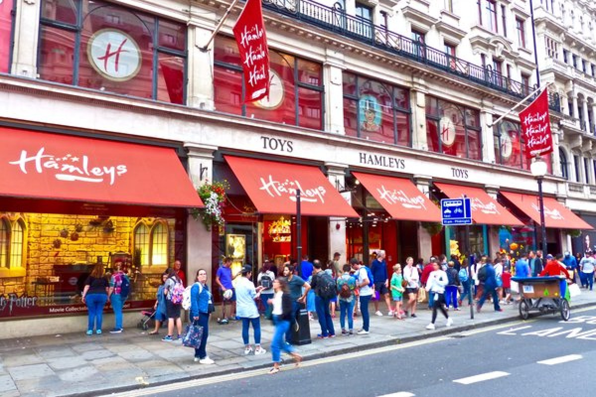 Hamleys le plus grand magasin de jouets de Londres !