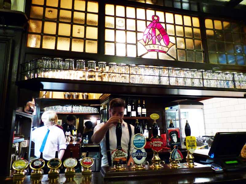 ye-olde-mitre-bar