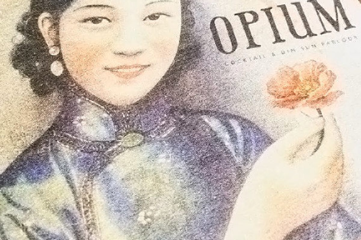 Opium un bar à cocktails secret et insolite à Chinatown