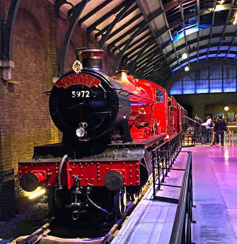 studios-harry-potter-poudlard-express