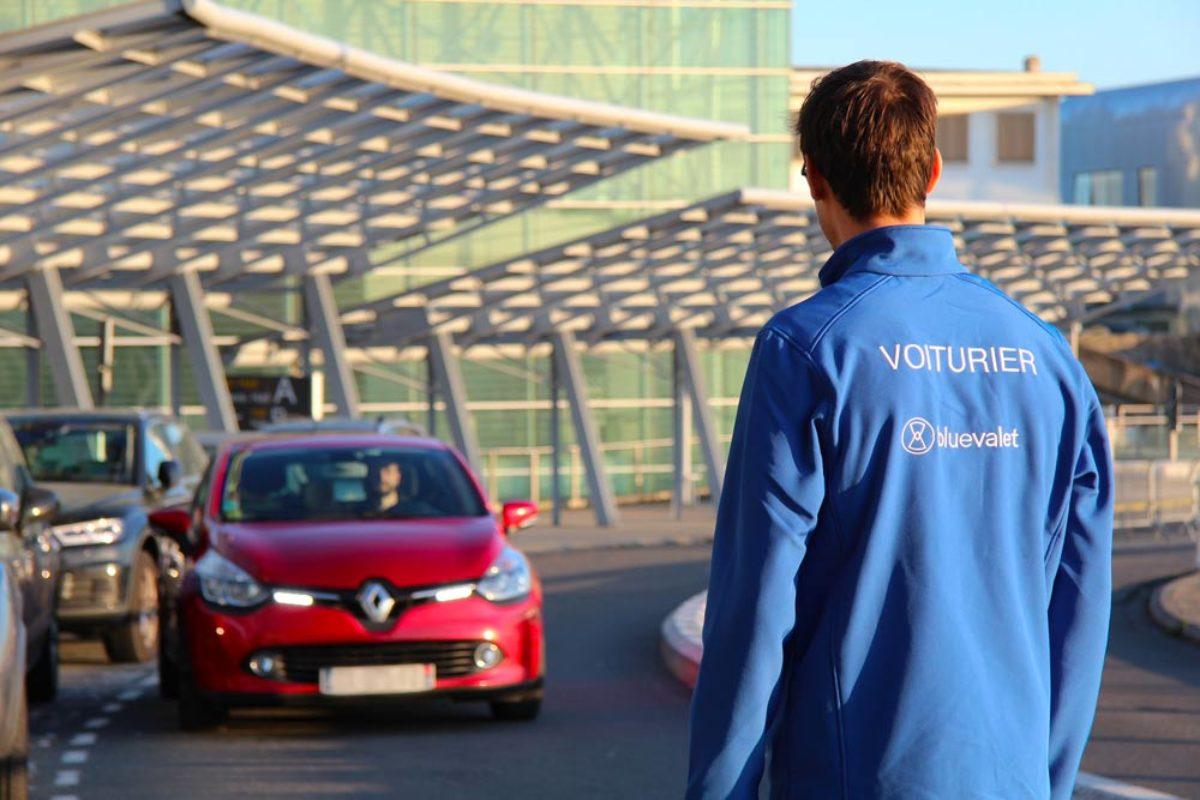 Blue Valet : le service voiturier parking aux aéroports et gares