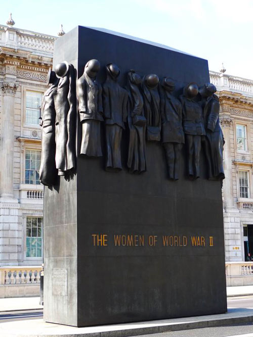 Monument-Women-of-Wordl-War-II