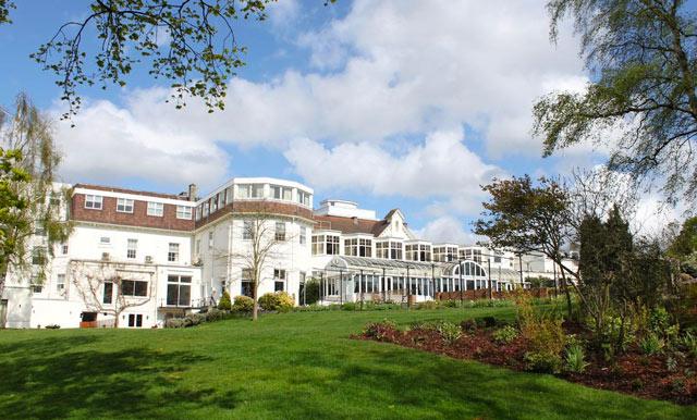 Bromley-court-hotel