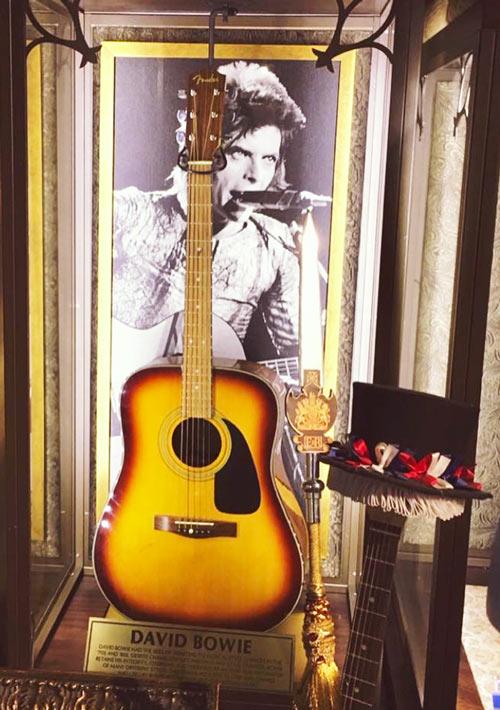 guitare-david-bowie